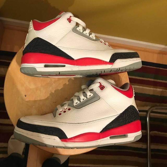 65cf3a53f5e6ab Air Jordan 3 Retro  Fire Red  2007 - Air Jordan - 136064 161