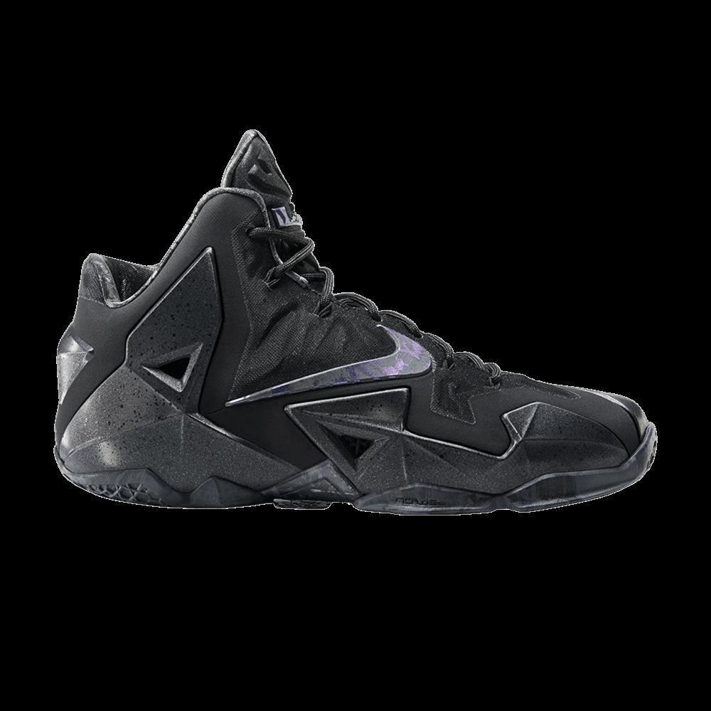 new arrival 1db9a 8e716 LeBron 11  Blackout  - Nike - 616175 090   GOAT