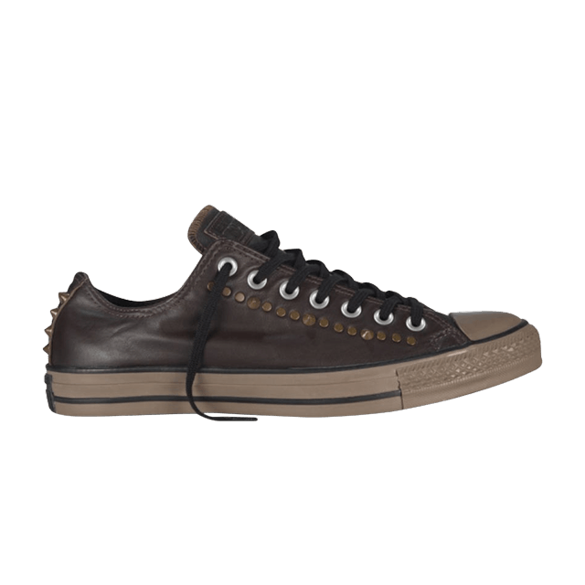 e74407026ed8bc Chuck Taylor All Star Low Top RC Leather Studded Mole - Converse - 140013