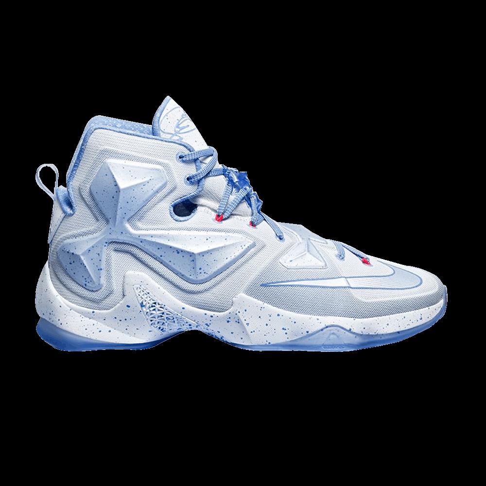13135334cbfdc LeBron 13  Christmas  - Nike - 816278 144