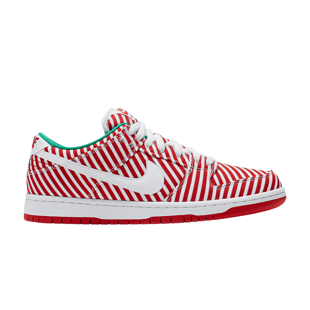 uk availability 1ae99 c34e9 SB Dunk Low 'Candy Cane'