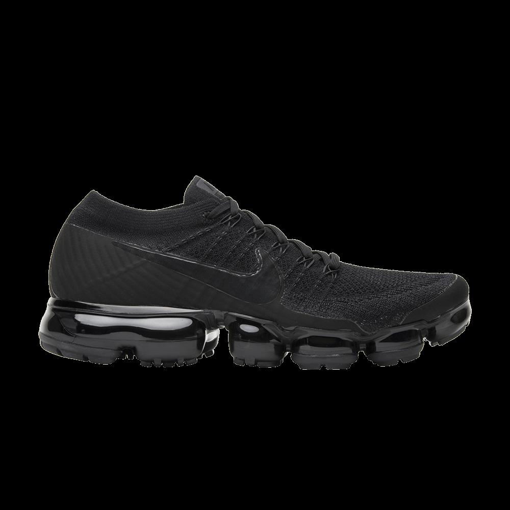 28f5adb1465 Air VaporMax  Triple Black 2.0  - Nike - 849558 011