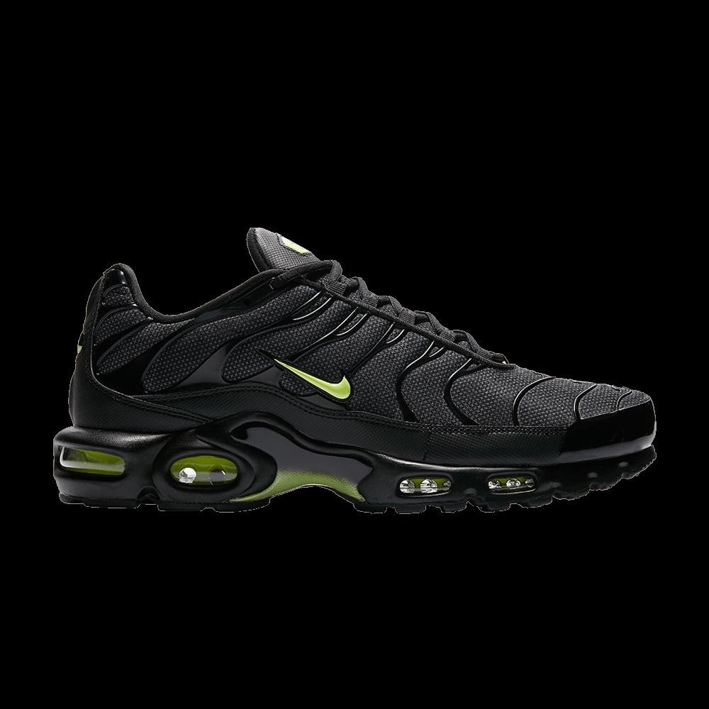 meet 183f5 b1339 Air Max Plus  Night Ops  - Nike - AJ2013 001   GOAT