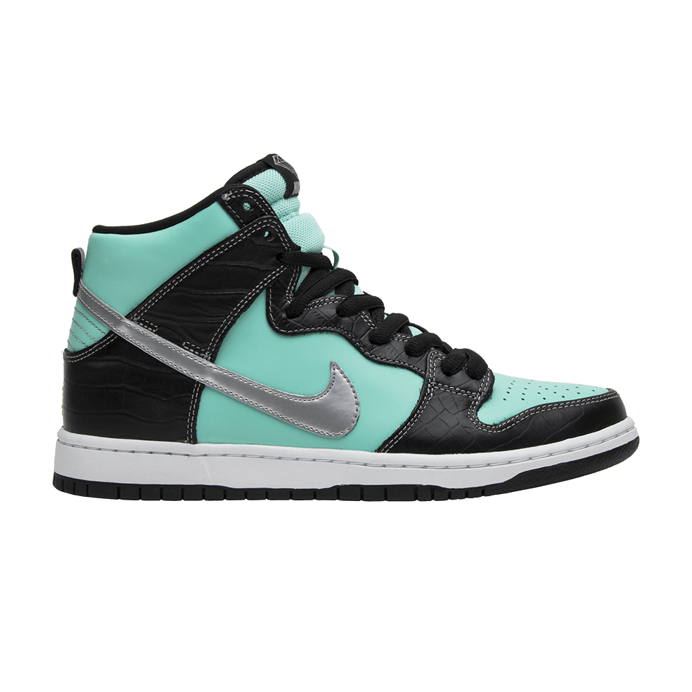 283a20fb63a Diamond Supply Co. x Dunk High Premium SB - Nike - 653599 400