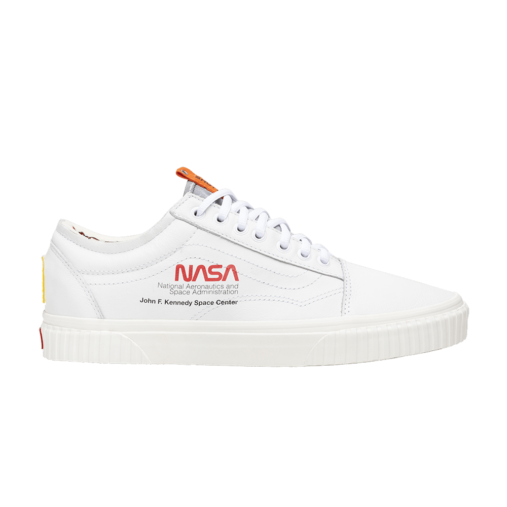 71a901a061aa NASA x Old Skool  Space Voyager  - Vans - VN0A38G1UP9