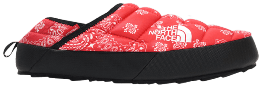 1340f15025 Supreme x Bandana Traction Mule  Paisley Thursday - Supreme x The North Face  Collection 14  A imagem está carregando ...