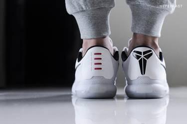 411c5ba1a5fb Kobe 10  Fundamentals  - Nike - 705317 100