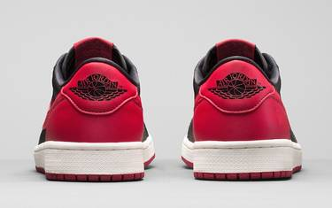 pretty nice a7172 c7adf Air Jordan 1 Retro Low OG  Bred