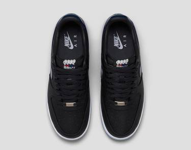 b690711ed562 Patriots x Lunar Air Force 1 PF QS  Robert Kraft  - Nike - 836341 ...