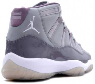 huge selection of 52b32 d4657 Air Jordan 11 Retro 'Cool Grey' 2001