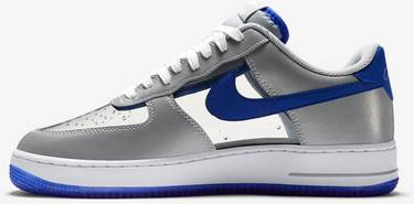 the latest 9f6f4 7346c Air Force 1 CMFT 'Kyrie Irving'