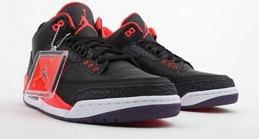 more photos 40a00 306f1 Air Jordan 3 Retro  Crimson