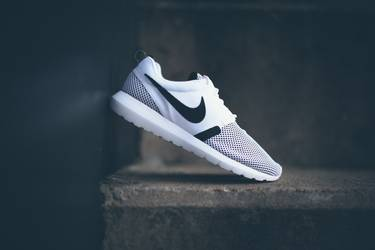 official photos fdf2c e2c54 Roshe Run NM Breathe 'White Black Hot Lava'