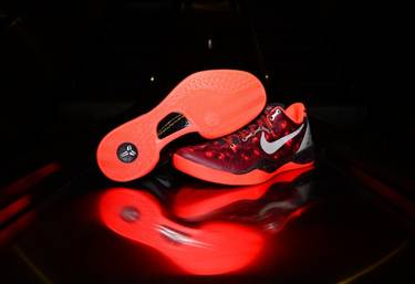ed4a646eaf24 Kobe 8 System  Year of the Snake  - Nike - 555035 661