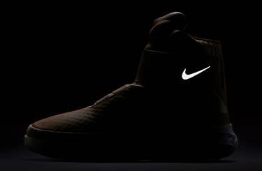 d6771e3cc56d Swoosh Hunter  Vachetta Tan  - Nike - 832820 200