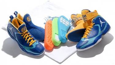 new style 52999 d2be5 Air Jordan 2012 Deluxe  Year of the Dragon