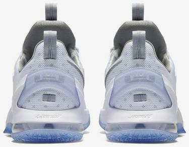 detailed pictures 6ccb0 d858f LeBron 13 Low 'Metallic Silver'