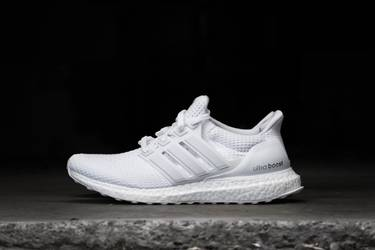 the latest 19446 af32c UltraBoost 2.0 J 'Triple White'