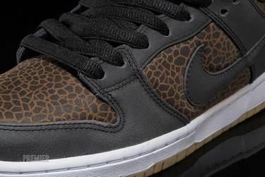 low priced 25f73 5e01b Dunk Low Premium SB  Giraffe . Nike