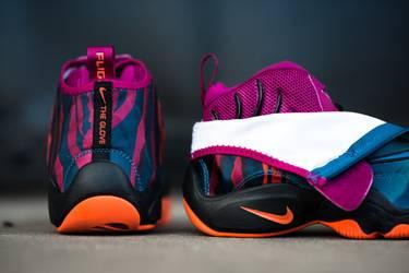 ef5daeb8ac69f Air Zoom Flight The Glove Prm  Tech Challenge  - Nike - 631406 300 ...