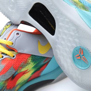 detailed look bfb26 8f59f Kobe 8 System  Venice Beach