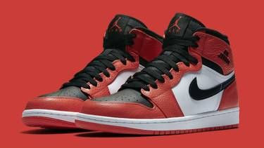 official photos b5a0f 8c6bb Air Jordan 1 Rare Air 'Max Orange'