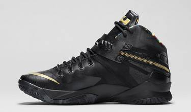 new products 57ccb 8b9d5 Zoom Soldier 8 Premium  Watch the Throne . Nike