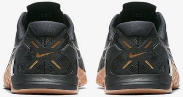 9434cff0352c1 Metcon 3  Black X Gold  - Nike - AH7106 070