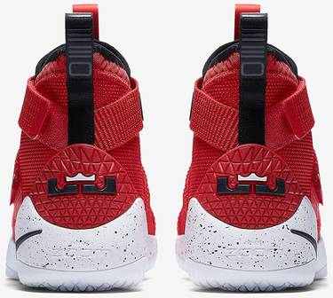 46651b31e1944 LeBron Soldier 11  University Red  - Nike - 897644 601