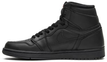 best sneakers 33e01 6b9b9 Air Jordan 1 Retro High OG 'Triple Black'