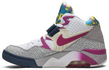 the latest a69f4 f6896 Union x Air Force 180  Clerks Pack