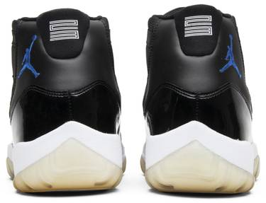 68f27ead156adb Air Jordan 11 Retro  Space Jam  2009 - Air Jordan - 378037 041