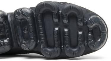 online store e5d6a 1ac77 Air VaporMax SE 'Triple Black' - Nike - AQ0581 001 | GOAT