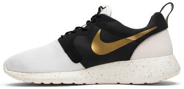 947b9ac79a2c Roshe One  Gold Trophy  - Nike - 669689 100