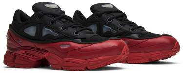huge selection of e79ec b09ca Raf Simons x Ozweego 3 'Core Black Scarlet'