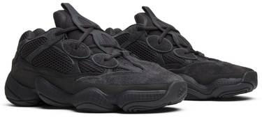 sports shoes 42ae3 72654 Yeezy 500 'Utility Black'