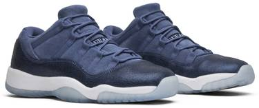 4dd8d5b43693 Air Jordan 11 Retro Low GS  Blue Moon  - Air Jordan - 580521 408
