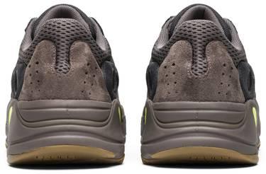 247f0bec8a7e2 Yeezy Boost 700  Mauve  - adidas - EE9614