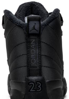 the latest f28d6 c2186 Air Jordan 12 Retro Winterized GS 'Triple Black'
