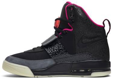 26988c0913825 Air Yeezy  u0027Blink u0027 - Nike - 366164 003