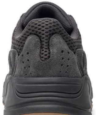 sports shoes 1dbb5 665ef Yeezy Boost 700 'Utility Black'
