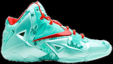 b2dac133659b LeBron 11  Christmas  - Nike - 616175 301