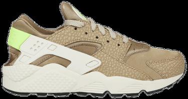 2dfc894958f3d Air Huarache Premium 'Desert Camo' - Nike - 704830 203 | GOAT