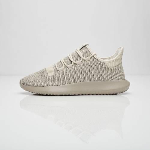 mens sur pieds adidas originaux zx darkGris 700 en daim baskets blanches
