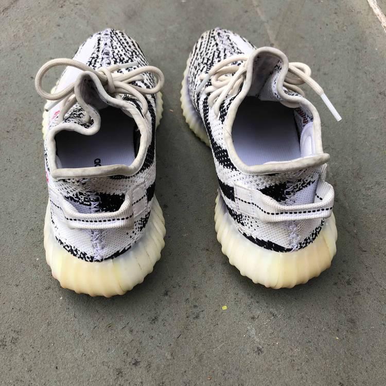 Adidas Yeezy Boost 350 v2 Cinder  Triple BLACK BRAND NEW