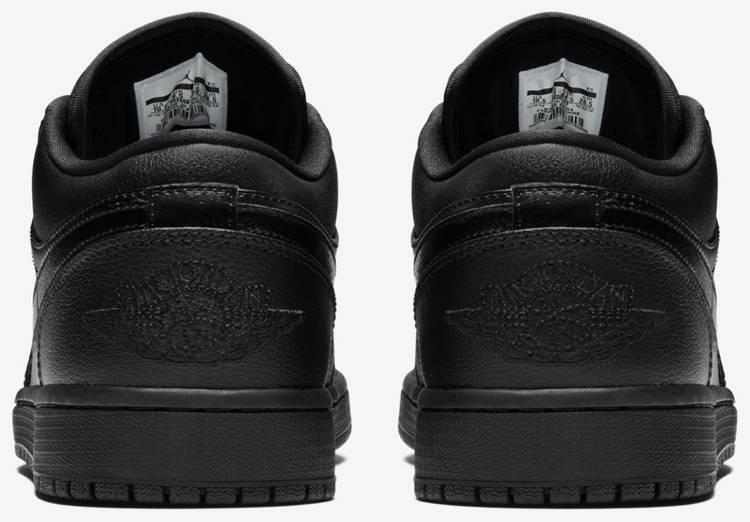 Air Jordan 1 Retro Low 'Triple Black'