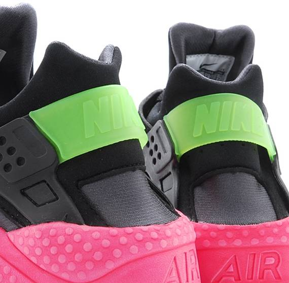 half price 100% genuine outlet boutique Air Huarache 'Hyperpunch'