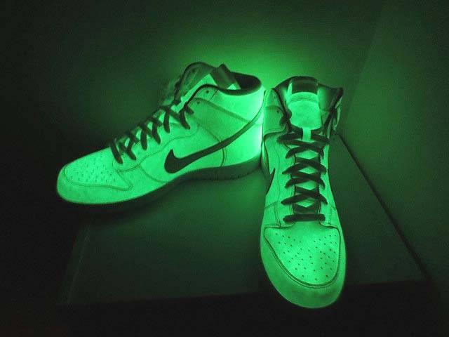 nike sb glow in the dark