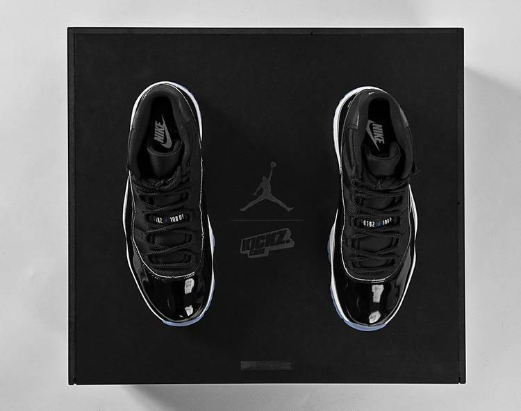 Air Jordan 11 Retro Space Jam 2016 Kickz Special Box Air