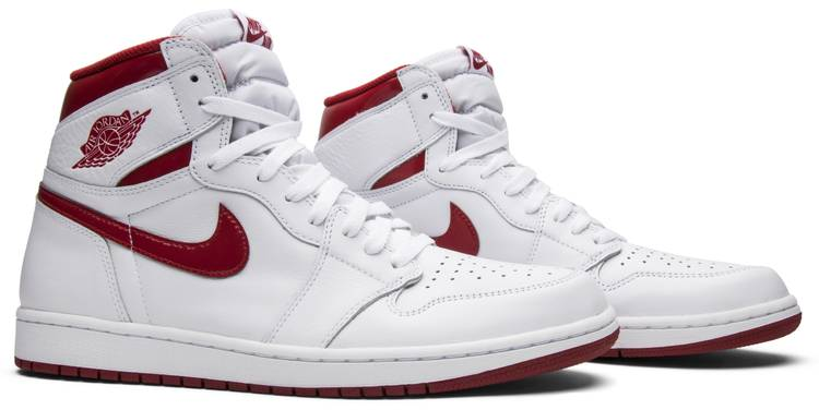 Air Jordan 1 Retro High OG 'Metallic Red'